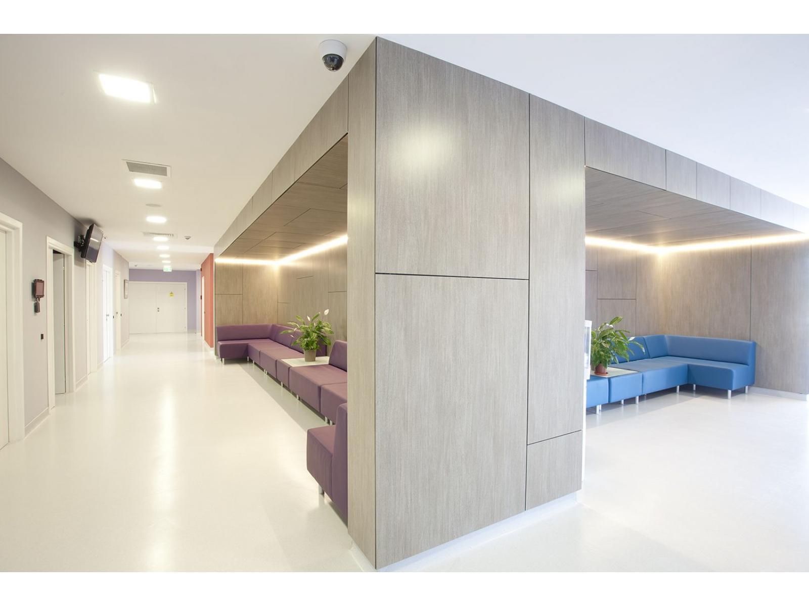 Centrul de Radioterapie Amethyst - 1D4W4432.jpg