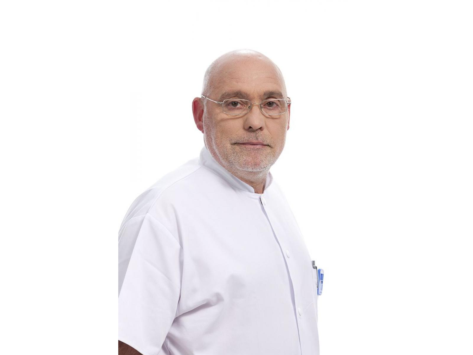 Centrul de Radioterapie Amethyst - Prof._Dr._Christian_Chiricuta_(3).jpg