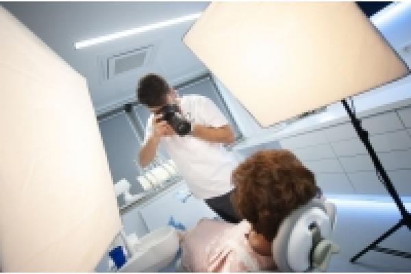 Denttaglio Clinic - Pacient_in_cabinet.jpg
