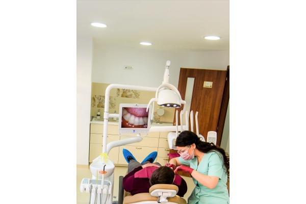Dentarbre Dental Clinic - 171209_SalonSasha_010_sss.jpg