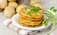 Clatite de cartofi cu parmezan
